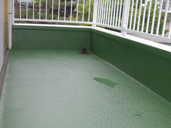 リフォーム後 。ジェットスプレーという吹き付けの防水スプレーを使用し、隙間なく防水。